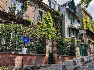 My-Montmartre-Tours-Maison-fleurie