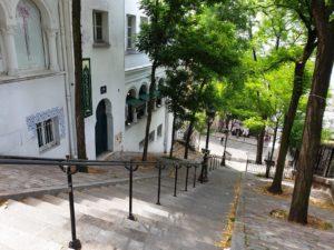 My-Montmartre-Tours-escalier-Montmartre