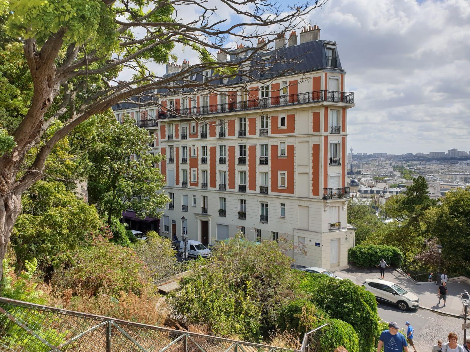 My-Montmartre-Tours-immeubles-Montmartre